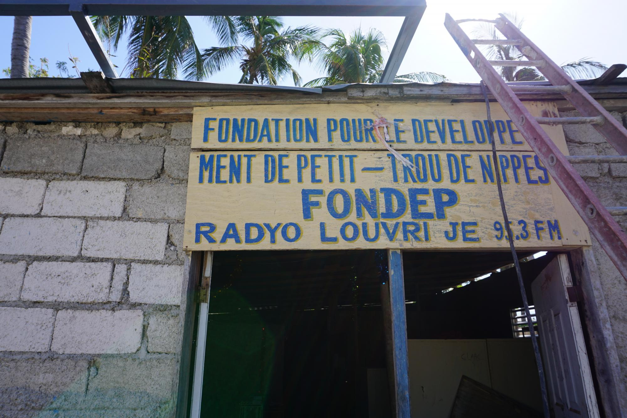Currently, the main project of the Haiti ICT Working Group is the establishment of community radio stations in four sites across Haiti. Photo: WFP  / Christopher Alagna