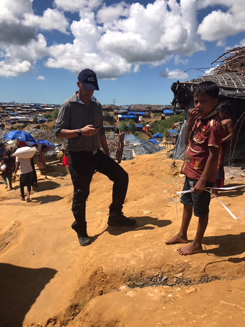 The Emergency Telecommunications Sector (ETS) is conducting ICT needs assessments in various sites across Cox's Bazar region. Photo: WFP / Laura Phillips